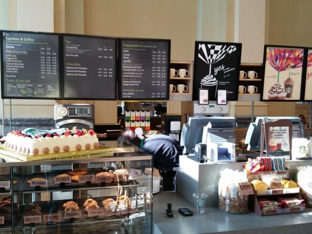 Starbucks Leuven station: de toog