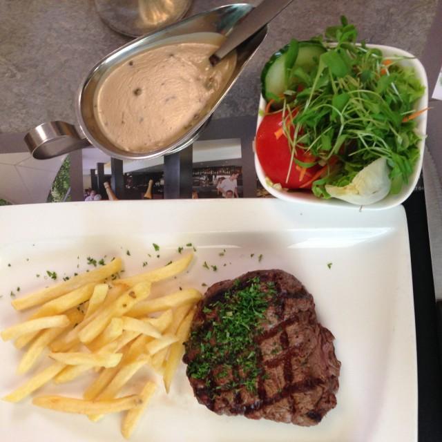 Steak met groene peper