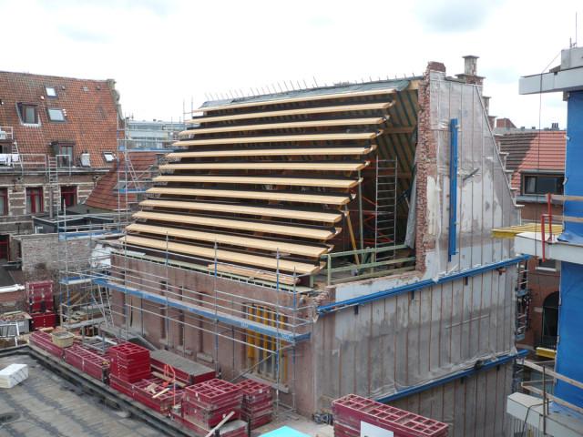 8. lamellen dak Helleputtegebouw